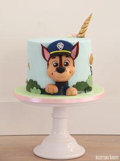Paw Patrol Chase Cake, Torta Paw Patrol, Paw Patrol Cake Toppers, Paw Patrol Birthday Cake, Paw Patrol Party Decorations, Cake Designs For Boy, Half Birthday Cakes, Valentine Cake, Cupcake Cakes