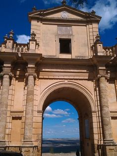 Nice photo of Cordoba's Gate at #Carmona  #Andalucía #RutaVíaPlata