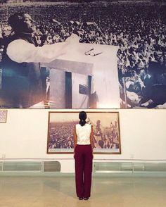 @wonder_mariya explores the history of Bangladesh in Dhaka at the National Museum.  #agodalens