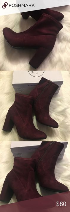 ❌❌❌❌BLACK FRIDAY Steve Madden Booties 7.5 Velvet ❌❌❌❌BLACK FRIDAY FINAL SALE Brand New! Comes with the box. Size 7.5 Steve Madden Shoes Ankle Boots & Booties