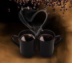 Zinde filtre kahve makinesinin yanında 2'li kupa hediye!
