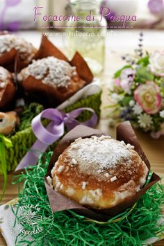 Mint and Chocolate Muffins Easter Croissants, Home Baking, Italian Desserts, Chocolate Muffins, Pain, Happy Easter, Biscotti, Camembert Cheese, Food To Make