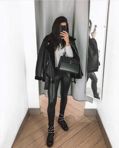 ♠ ️𝒥ℴ𝓃𝒶 𝒟 ♠ ️ - Outfits ♀️ - Estilo Mode Outfits, Trendy Outfits, Fashion Outfits, Girly Outfits, Dress Fashion, Fashion Clothes, Winter Outfits Women, Fall Outfits, Black Women Fashion