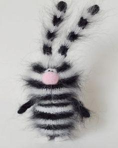 Bunny gestreiften Zebra - lustige Hase - Amigurumi-Spielzeug für Kinder - gestreiften Bunny schwarz-weiß-Handmade gestrickt Spielzeug - Tiere Hase