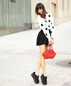 polka dots street style