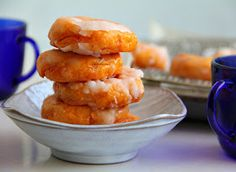 singapore shiok!: baked kueh keria (sweet potato doughnuts)