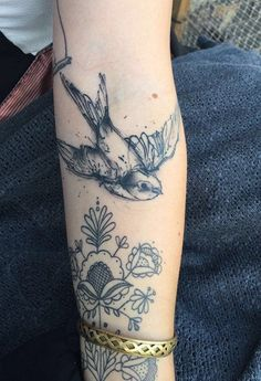 - 100  Lovely Swallow Tattoos  <3 <3