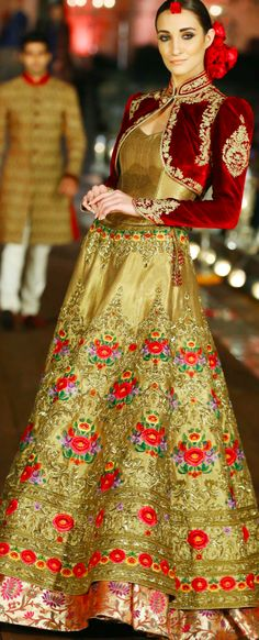 25 Ethnic Indian bridal lehenga designs inspired by the latest fashion trends Indian Bridal Lehenga, Indian Bridal Wear, Indian Wedding Outfits, Pakistani Outfits, Indian Outfits, India Fashion, Ethnic Fashion, Asian Fashion, Latest Fashion