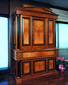 Biedermeier desk, requires in my opinion one room with large space.