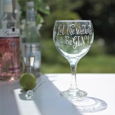 """Etsy - Social media """"Let the weekend be GIN!"""" - hand engraved gin glass with your choice of message Hen Night Ideas, Hens Night, Personalised Gin, Cricut Design Studio, Gin Glasses, Gin And Tonic, Hand Engraving, Glass Design, Customized Gifts"""