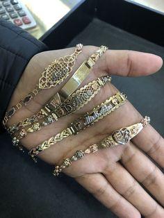 Emerald Jewelry, Gold Jewelry, Jewelry Rings, Jewelry Accessories, Jewelry Design, Jewlery, Gold Bracelets, Mexican Jewelry, Accesorios Casual