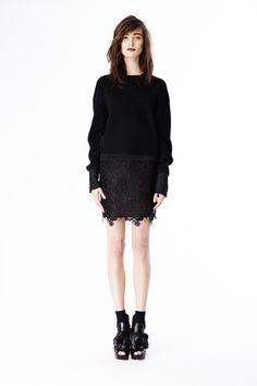 Vera Wang Pre-Fall 2014 Collection Slideshow on Style.com