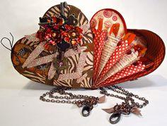 Inside of heart box! graphic45, heart box, objeto alterado, gorgeous heart, boxes, graphic 45, valentin, craft junki