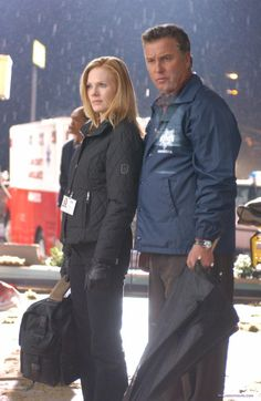 Marg Helgenberger ♥ ♥ ♥ and William Peterson the dynamic duo in the original and the best CSI.