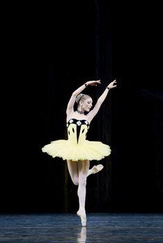 Sarah Lamb in Scènes de ballet.   Photo: Johan Persson.