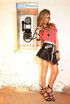 Cara Delevingne in Dsquared Pre-Spring 2013 Fashion Week, Look Fashion, Trendy Fashion, Fashion Models, Fashion Show, Fashion Tape, Poppy Delevingne, Cara Delevingne Style, Modelos Fashion