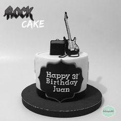 Torta Rock en Medellín por Dulcepastel.com - Rock cake in Medellin by Dulcepastel.com #rockcake #rock #tortarock #guitar #guitarra #amplifier #amplificador #fuego #tortasmedellin #tortaspersonalizadas #tortastematicas #cupcakesmedellin #tortasartisticas #tortasporencargo #tortasenvigado #reposteriamedellin #reposteriaenvigado #redvelvet #redvelvetcake #tortarockmedellin