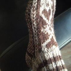 Ann-Lis Nitovuori stickade en Strömsöstrumpa Socks, Threading, Sock, Stockings, Ankle Socks, Hosiery