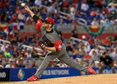 Ryan Dempster of Canada pitches during a Pool C game of the 2017 World Baseball Classic against the Dominican Republic at Miami Marlins Stadium on March 9, 2017 in Miami, Florida.