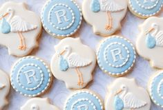 Elegant Pastel Stork and Monogram Baby Shower von thesweetesttiers