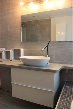 Salle de travail sur pinterest stockage de tissu - Plan salle de bain castorama ...