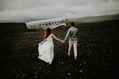 Lovers in Iceland | Image by Lukas Piatek