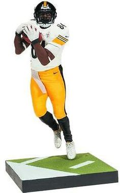 Three-time Pro Bowler Antonio Brown led the league in receptions and receiving yards during the 2014 season. Brown will be featured in an all-NEW pose and emblazoned in his Pittsburgh Steelers away jersey. #AntonioBrown #nfl #mcfarlane #toy #collectible #actionfigure