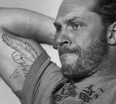 Tom Hardy sexiness amplified ❤❤❤ tattoos