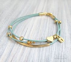 Heart and Lock Bracelet - Leather Charm Bracelet,Gold Filled Bar Layered Leather Bracelet, Multi Strand, Stacked Bracelet, Bridesmaid Gift によく似た商品を Etsy で探す