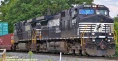 RAILROAD Freight Train Locomotive Engine EMD GE Boxcar BNSF,CSX,FEC,Norfolk Southern,UP,CN,CP,Map : Locomotives C40-9 (D9-40C)