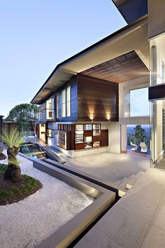 beautiful architecture design at Glass House Mountain House - Maleny House by Bark Design Architects Architecture Durable, Architecture Design, Residential Architecture, Amazing Architecture, Contemporary Architecture, Sustainable Architecture, Installation Architecture, Contemporary Houses, Contemporary Landscape