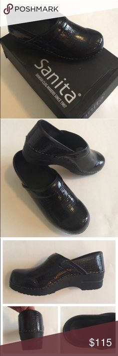 🆕 Sanita Black Croco Clogs NWT - Looking for a cute pair of comfortable clogs?  You just found them!   The Sanita brand is very similar to Dansko. The Croco pattern looks great against the patent leather.  You can wear these shoes all day and your feet feel great. Comes with the original box. Size 37 (7). Sanita Shoes Mules & Clogs
