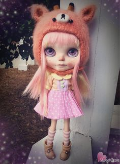 Strawberry Lemonade has been put on reserve for L. Please do NOT purchase unless you are L.!  ===================  Payment #1 out of 2. -  Remaning balance will be $$215.00 - Total cost of dolly is $460.00  -Strawberry Lemonade is a one of a kind Custom Blythe doll. Strawberry Lemonade is my 89th custom Blythe doll. - Strawberry Lemonade is originally a TBL Blythe doll. -Strawberry Lemonade was originally carved by Kira Gold. I carved a bit more & her makeup was very faded, so I completely…