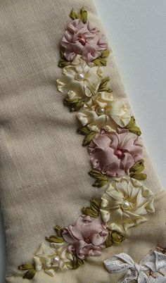 crazy quilting embellishments | Peace in Pieces 007 Details 941 and 942 Silk Ribbon Flowers ...