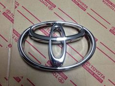 1998 1999 2000 BRAND NEW GENUINE TOYOTA COROLLA GRILLE EMBLEM OEM FACTORY PART