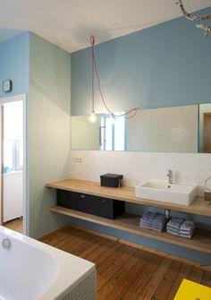 Passionnés de déco, Yves et Veerle ont ravivé le charme art nouveau de leur maison. Ils lui ont …