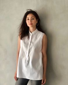 All About Japan, Style Icons, White Dress, High Neck Dress, Tunic Tops, Elegant, How To Wear, Hair, Shirts