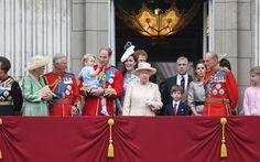 Πόσο κοστίζει στους Βρετανούς η βασίλισσα Ελισάβετ και το σόι της Πόσο κοστίζει στους Βρετανούς η...
