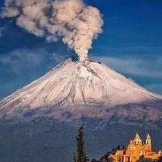 Popocatépetl Volcano, Mexico. Photo by: @cgarciaferro Explore. Share. Inspire: #earthfocus #L4L #FF #amazingearth