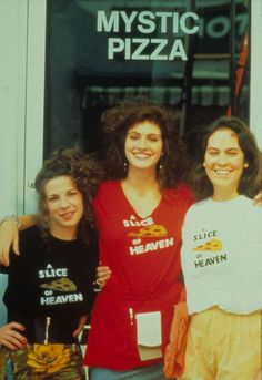 """In 1988, <a href=""""http://www.wonderwall.com/movies/Julia-Roberts-322.celebrity"""">Julia Roberts</a> scored her major breakthrough when she starred in """"Mystic Pizza"""" alongside Lili Taylor and Annabeth Gish."""