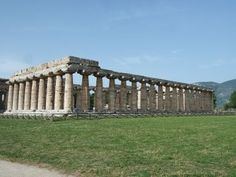 Benvenuti al Sud! Castellabate-Paestum-Sant'Agata de'Goti - Giruland #diariodiviaggio #dilloingiruland #raccontirealidiviaggio #Campania #travel #blog