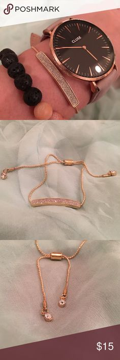 🎀 Delicate Druzy Bar Sliding Knot Style Bracelet Delicate Druzy Bar Sliding Knot Style Bracket  Rope style bracelet chain accented with two sweet circular rhinestones at the end of each side. Very lightweight. Sure to become a new essential piece of your everyday look! Fits XS-XL wrists! Perfect holiday 🎁! Only two in stock! Jewelry Bracelets