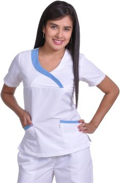 moldes de uniformes de enfermeria gratis - Buscar con Google Vet Scrubs, Medical Scrubs, Scrubs Outfit, Scrubs Uniform, Nice Dresses, Dresses For Work, Medical Uniforms, Uniform Design, Feminine Fashion