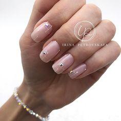 Nail art Christmas - the festive spirit on the nails. Over 70 creative ideas and tutorials - My Nails Pastel Nails, Nude Nails, Nails Polish, Pink Nails, My Nails, Minimalist Nails, Crome Nails, Natural Gel Nails, Uñas Fashion