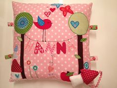 perfect for my Hannah. Applique Pillows, Cute Embroidery, Baby Pillows, Small Quilts, Mug Rugs, Decorative Cushions, Kids Room, Projects To Try, Crafty