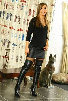 Sexy Boots Plus : Photo Thigh High Boots, High Heel Boots, Heeled Boots, Sexy Boots, Black Boots, Women's Boots, Riding Boots, Black Leather Skirts, Leather Boots
