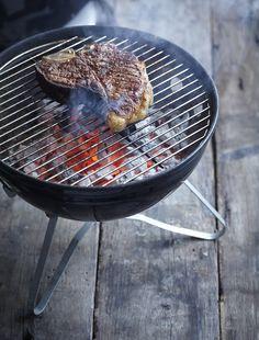 Porterhouse steak op de barbecue.