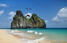 Praia da Quixabinha, uma praia pequena, situada entre a Praia do Bode e a Cacimba do Padre, é sossegada na vazante e agitada na maré alta, sendo excelente para banhos