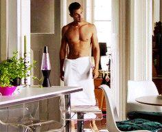 Shirtless Theo James