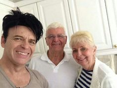 Gary Numan and his parents Tony and Beryl Webb Gary Numan, Marc Bolan, Jimmy Page, Dye My Hair, Music Icon, Pop Rocks, Rock Style, Rock Music, Life Is Beautiful